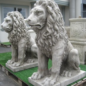 Lion Large Seated CDAN96 - $1,275.00